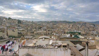 Панорама старого марокканского города Фес, медина