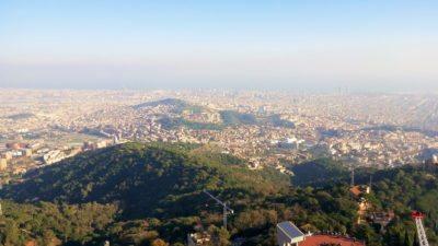 Панорама Барселоны с горы Тибидабо