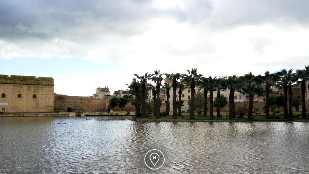 Озеро в садах Бужелуд, Фес
