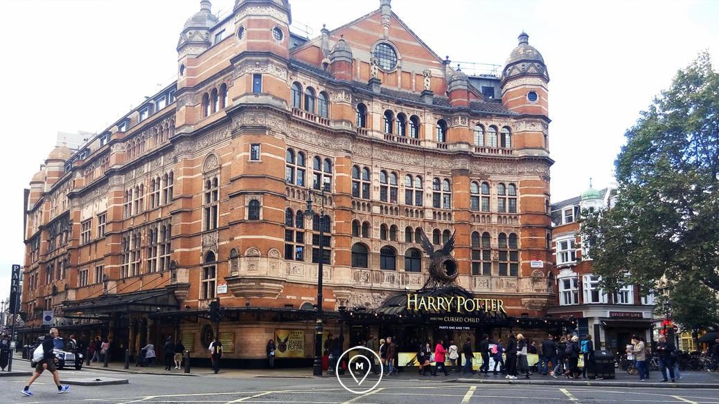 """Palace Theatre, где идет пьеса """"Гарри Поттер и проклятое дитя"""""""