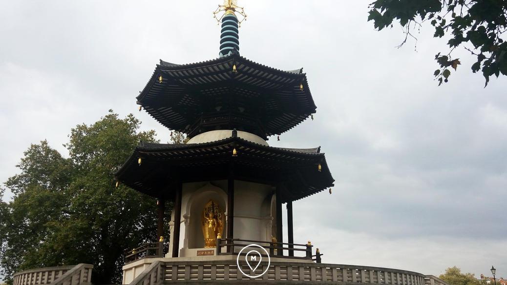 Пагода в парке Battersea в Лондоне