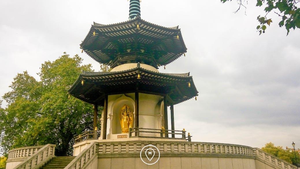 Китайская пагода в Баттерси Лондон