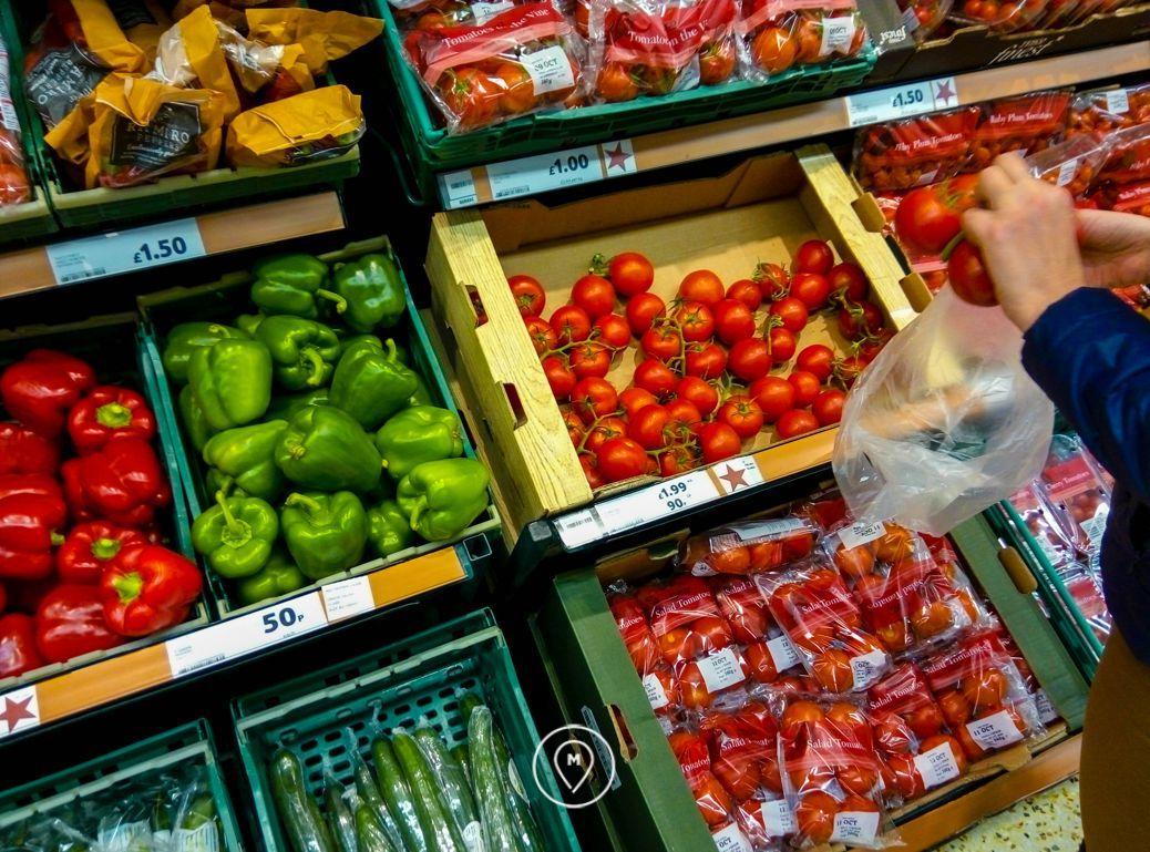 Поход за продуктами в лондонский супермаркет